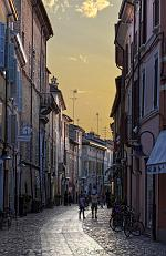 slides/IMG_2283H.jpg Italy, Emilia Romagna, Ravenna, town, architecture, history, street, shop, sunset, house, HDR IVC1 - Italy - Ravenna - Street at Sunset